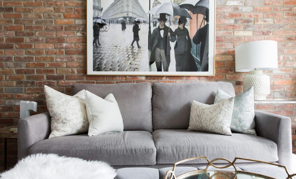 no-guest-room-NatalieChong-couch-and-art-LaurenMiller